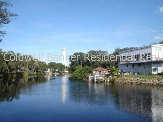 8112 N River Shore Dr, Tampa, FL 33604