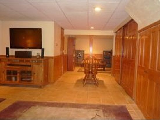47 Cole Ave, Pittsfield, MA 01201