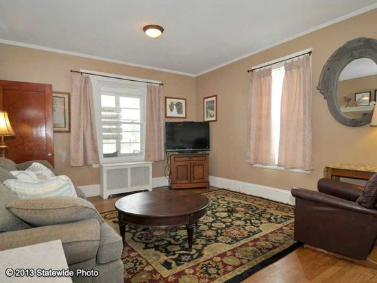 621 Fruit Hill Ave, North Providence, RI 02911