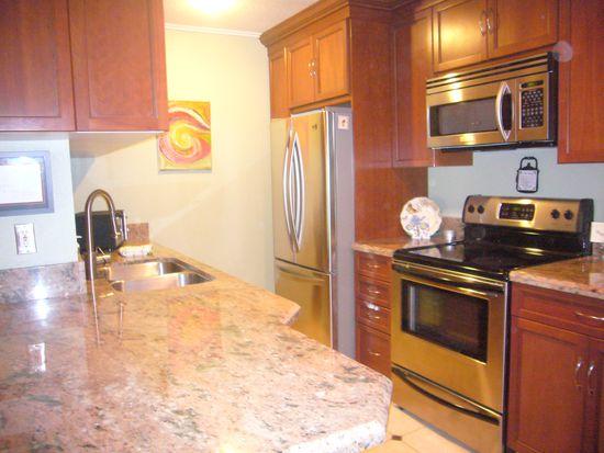 23663 Park Capri UNIT 135, Calabasas, CA 91302