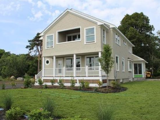 50 Beach St, Rockport, MA 01966