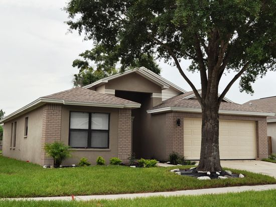 10827 Peppersong Dr, Riverview, FL 33578