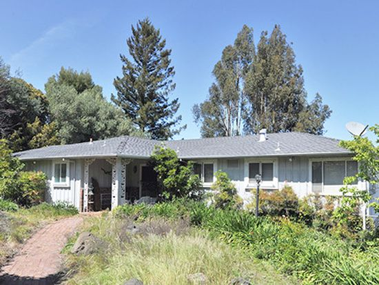 2480 Summit Dr, Hillsborough, CA 94010