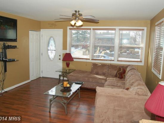 207 Uppergate Ct, Owings Mills, MD 21117