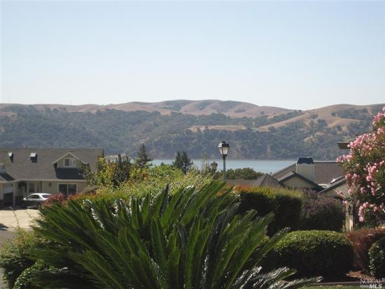 1635 Saint Francis Ct, Benicia, CA 94510