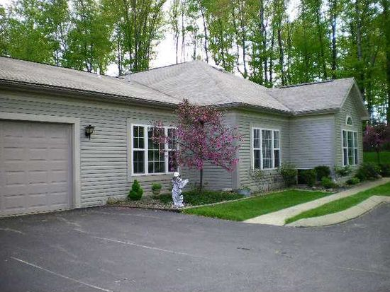 12103 Dawn Dr, Meadville, PA 16335