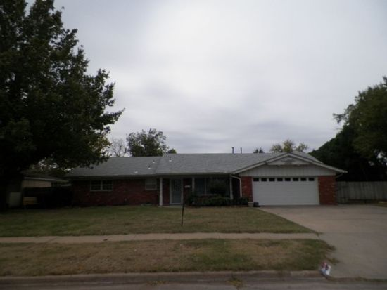 4630 NW Meadowbrook Dr, Lawton, OK 73505