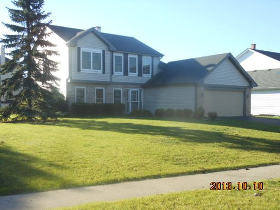 568 Abbey Rd, Bartlett, IL 60103