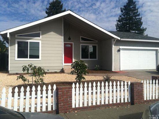 305 Ely Blvd S, Petaluma, CA 94954