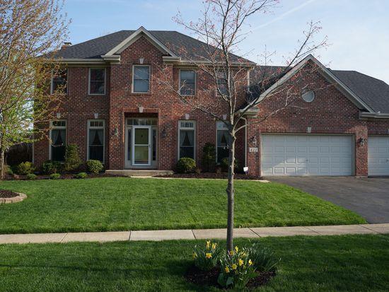422 Ridgelawn Trl, Batavia, IL 60510