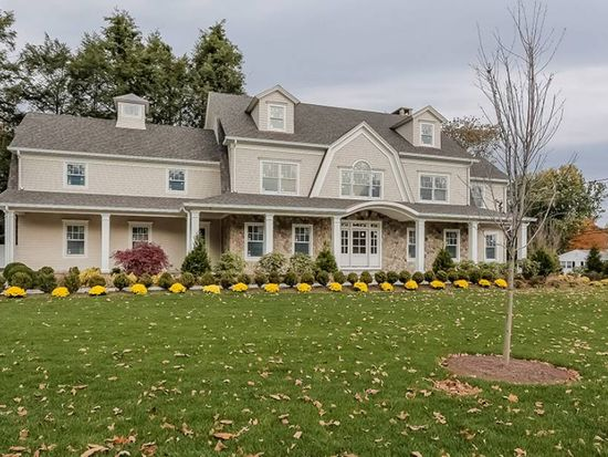 162 Woodland Rd, New Canaan, CT 06840