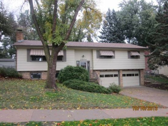 2804 S Williams Ave, Sioux Falls, SD 57105