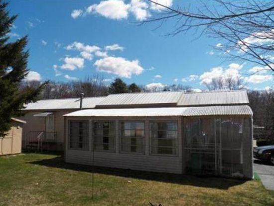 5 Prairie Schooner Trl, Brookfield, MA 01506