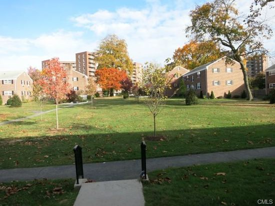 92 Strawberry Hill Ave APT 1, Stamford, CT 06902