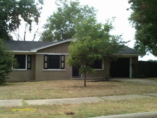 1203 Eastern Heights Dr, Mesquite, TX 75149