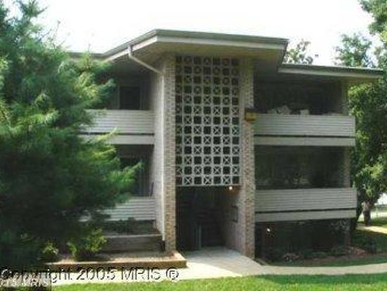 156 Haycock Rd APT A6, Falls Church, VA 22046