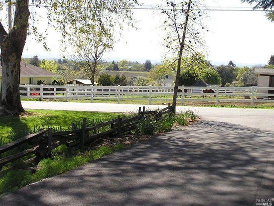 1800 Paradise Ln, Santa Rosa, CA 95401