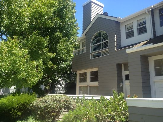 4926 Sullivan St, Ventura, CA 93003