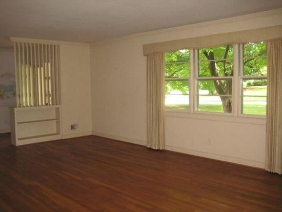 150 Bellwood Ln, Spartanburg, SC 29302