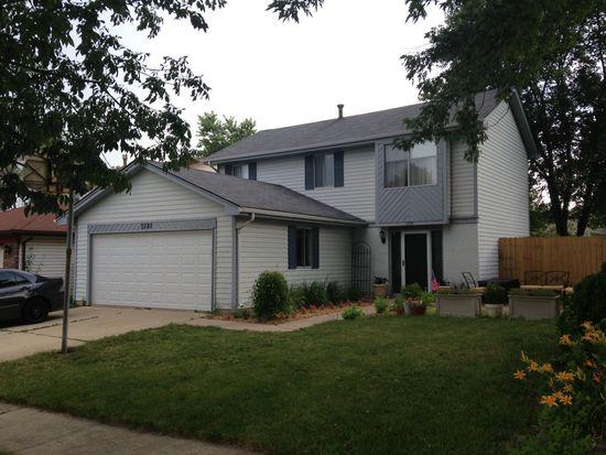 2325 Vista Dr, Woodridge, IL 60517