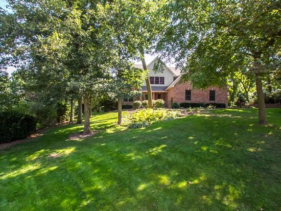6773 Ridges Ct, Bettendorf, IA 52722
