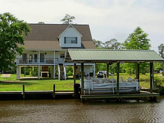 210 Hackberry Dr, Pass Christian, MS 39571