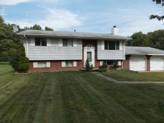 3025 Spencer Rd, Hermitage, PA 16148