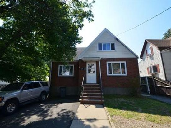 13 Eastern Ave, Revere, MA 02151