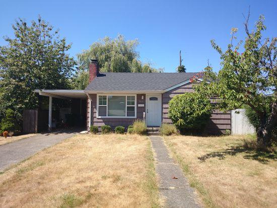9221 32nd Ave SW, Seattle, WA 98126