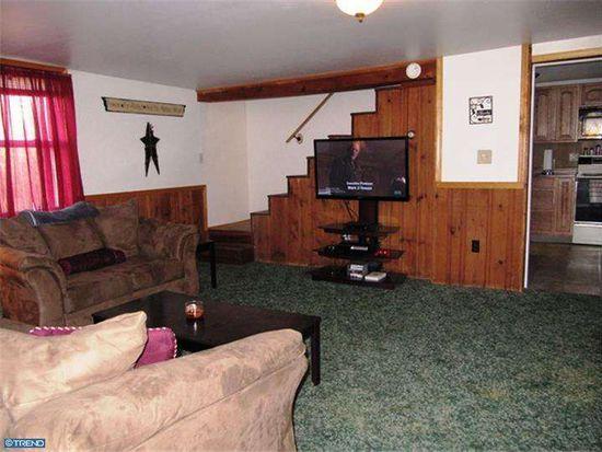 2006 Fair Rd, Schuylkill Haven, PA 17972