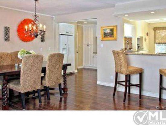 21419 Mulholland Dr, Woodland Hills, CA 91364