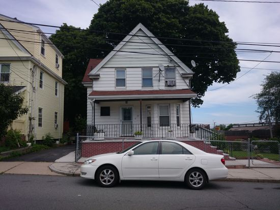 84 Everdean St, Dorchester, MA 02122