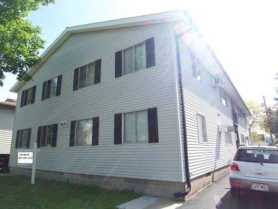 921 7th St S APT 1, La Crosse, WI 54601