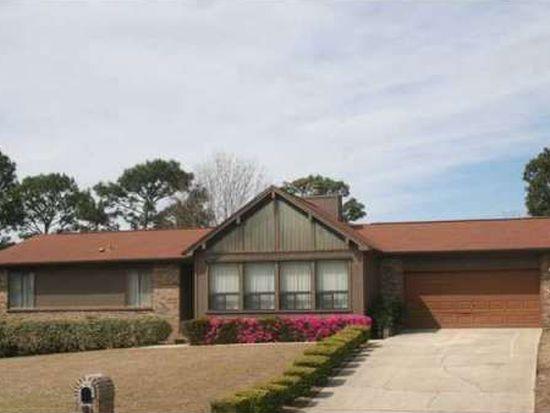 5827 Roble Loma Dr, Pensacola, FL 32526