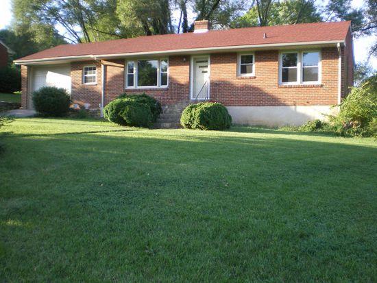 3828 Green Valley Dr, Roanoke, VA 24018