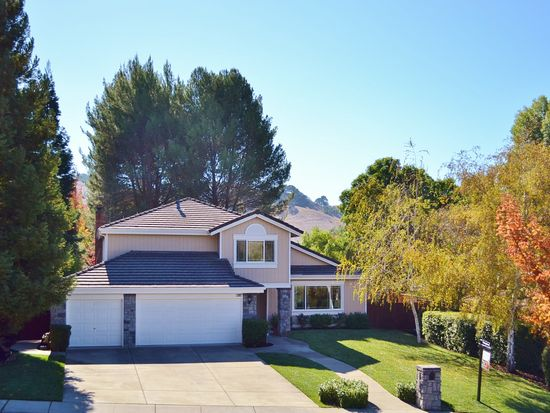 2002 Hill Meadow Pl, Danville, CA 94526