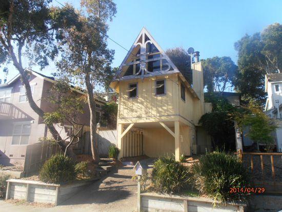 347 Laurel Ave, Pacific Grove, CA 93950