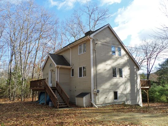 35 Green Cir, Campton, NH 03223
