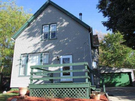 1104 Oak St, South Milwaukee, WI 53172