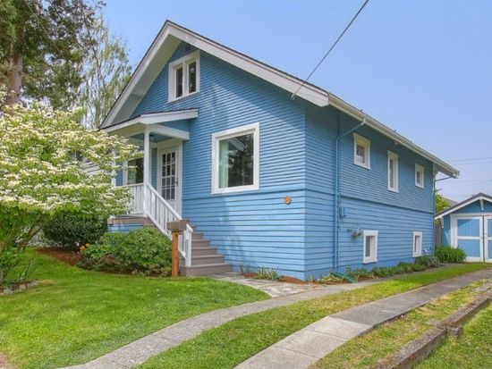 524 N 74th St, Seattle, WA 98103