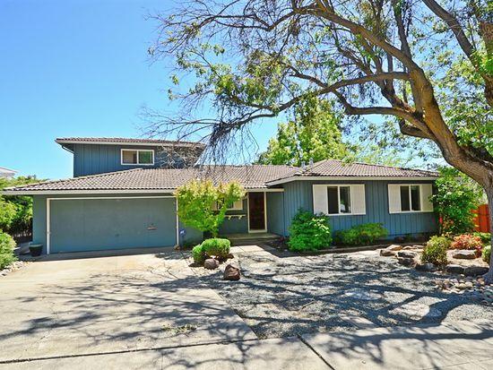 581 E Angela St, Pleasanton, CA 94566