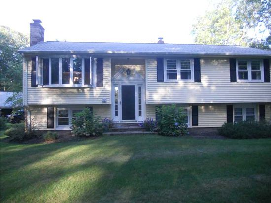 83 Rocky Hill Rd, Rehoboth, MA 02769