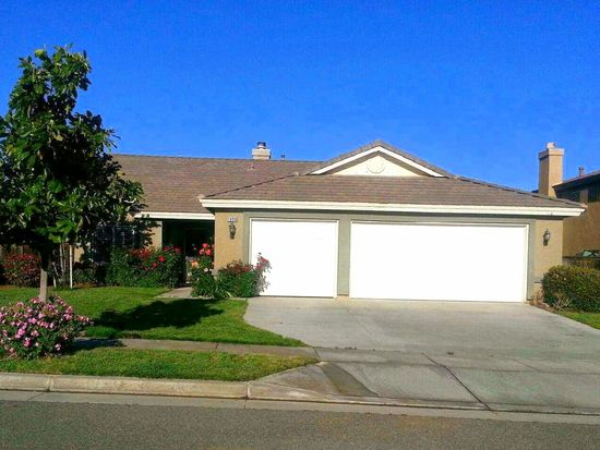 1696 Lakeside Ave, Beaumont, CA 92223