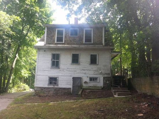 6 Knight St, Claremont, NH 03743