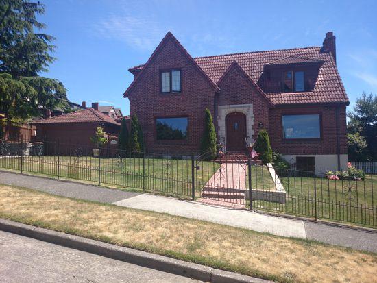3919 W Parkmont Pl, Seattle, WA 98199