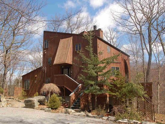 50 Esselborne Rd, Cold Spring, NY 10516