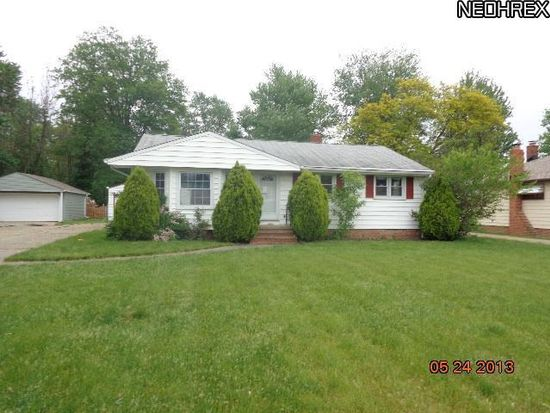 5477 Decker Rd, North Olmsted, OH 44070