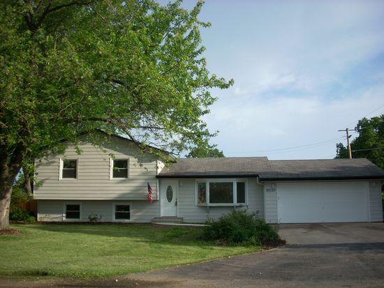 25157 W Spruce St, Channahon, IL 60410
