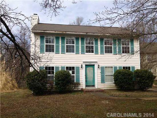 9510 Huntsham Rd, Charlotte, NC 28227