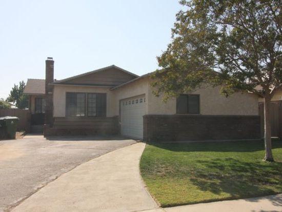 7617 Delia Ave, Sun Valley, CA 91352